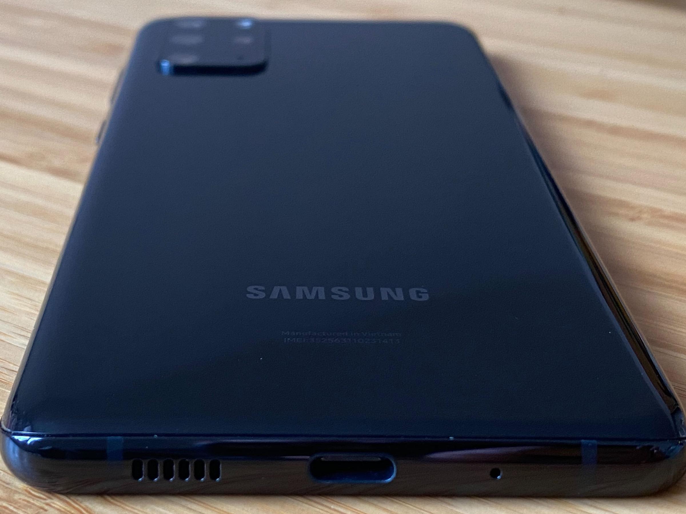 Galaxy S20 plus ports