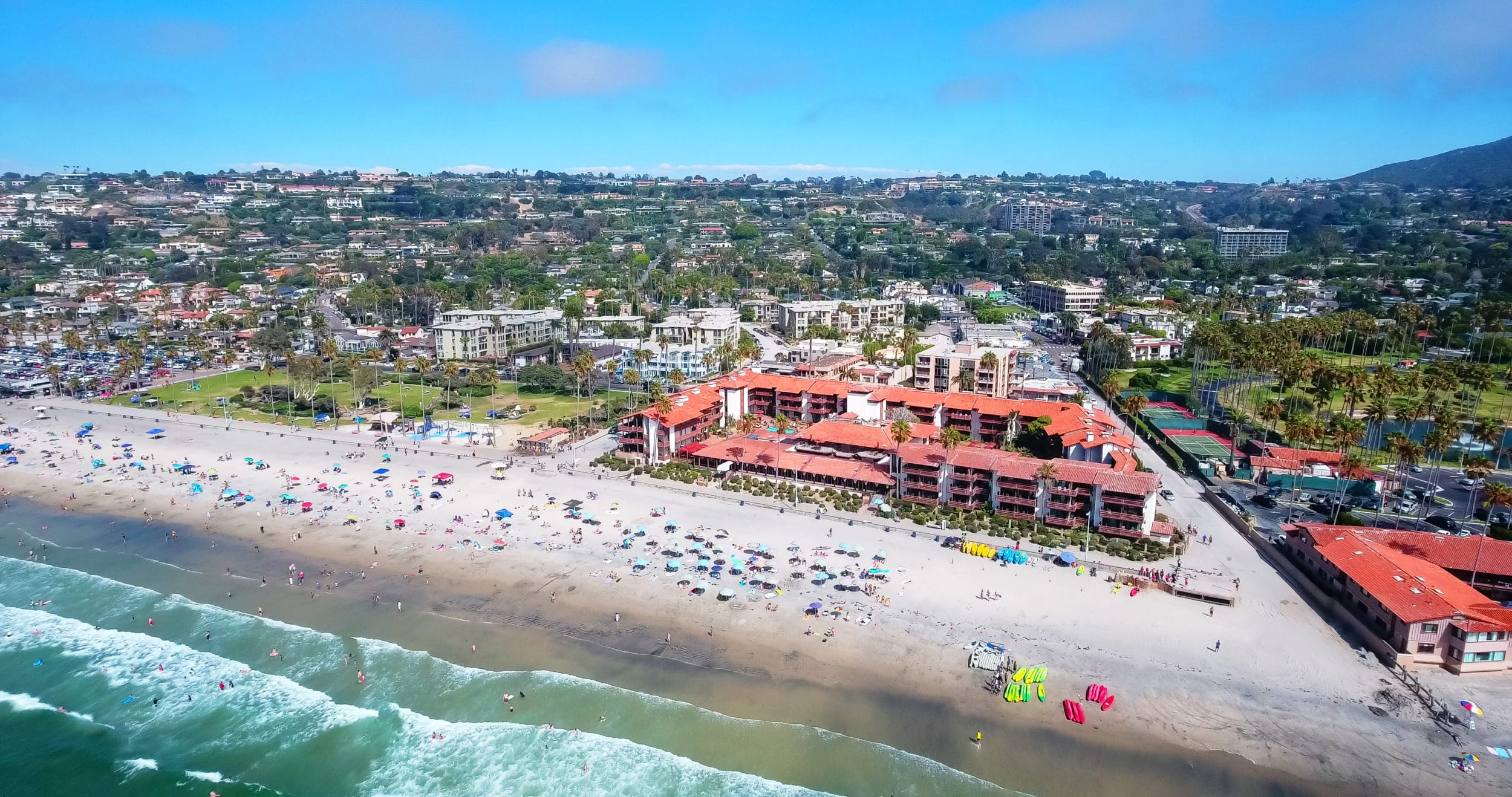 Aerial view of beachfront La Jolla Shores Hotel, a popular San Diego family hotel
