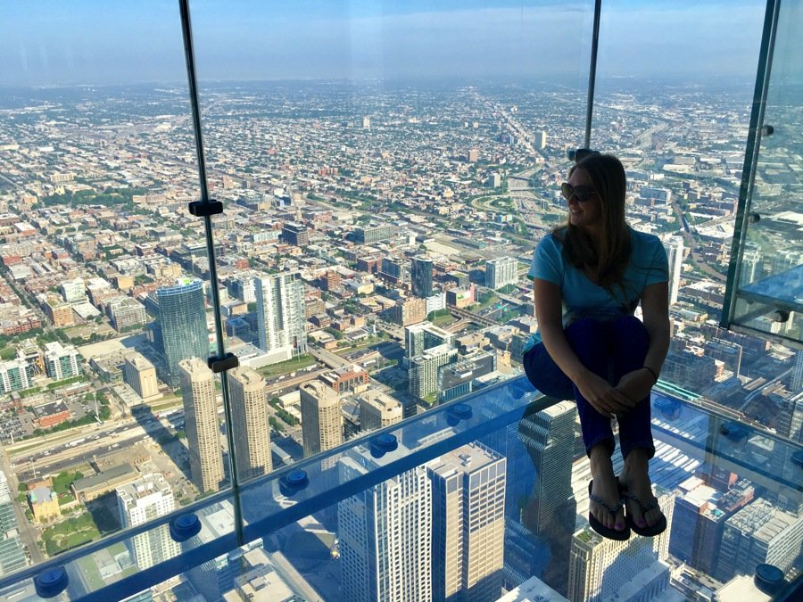 travelling to chicago visit the skydeck best things to do in chicago